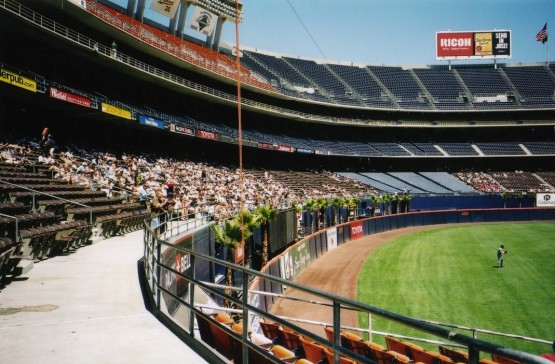26_qualcomm_stadium_outfield_seats