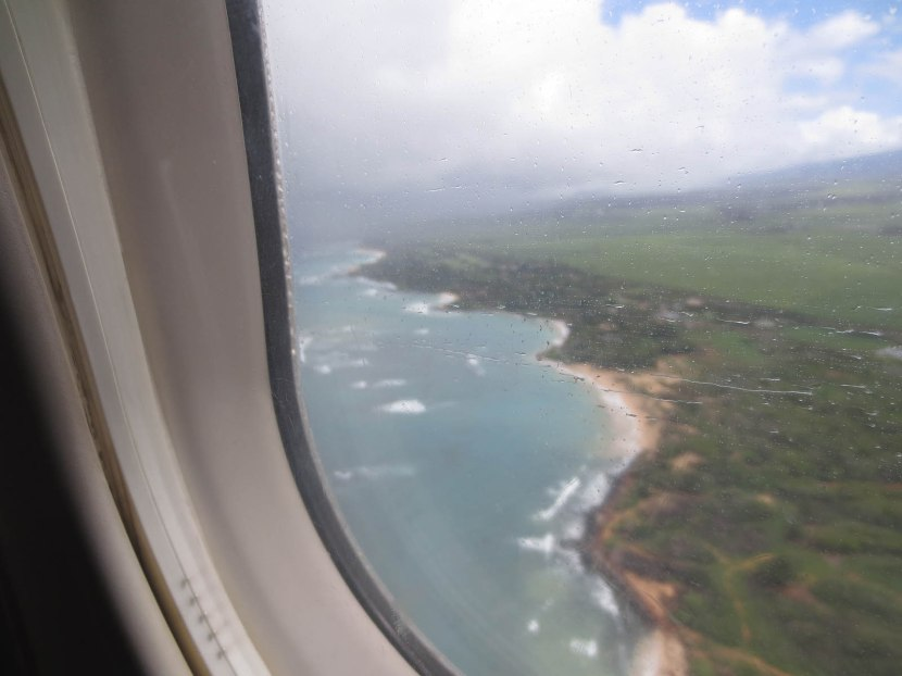 349_flying_away_from_maui