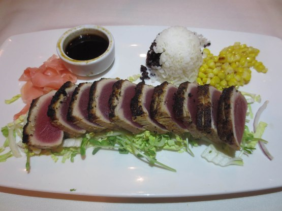 383_ahi_main_course