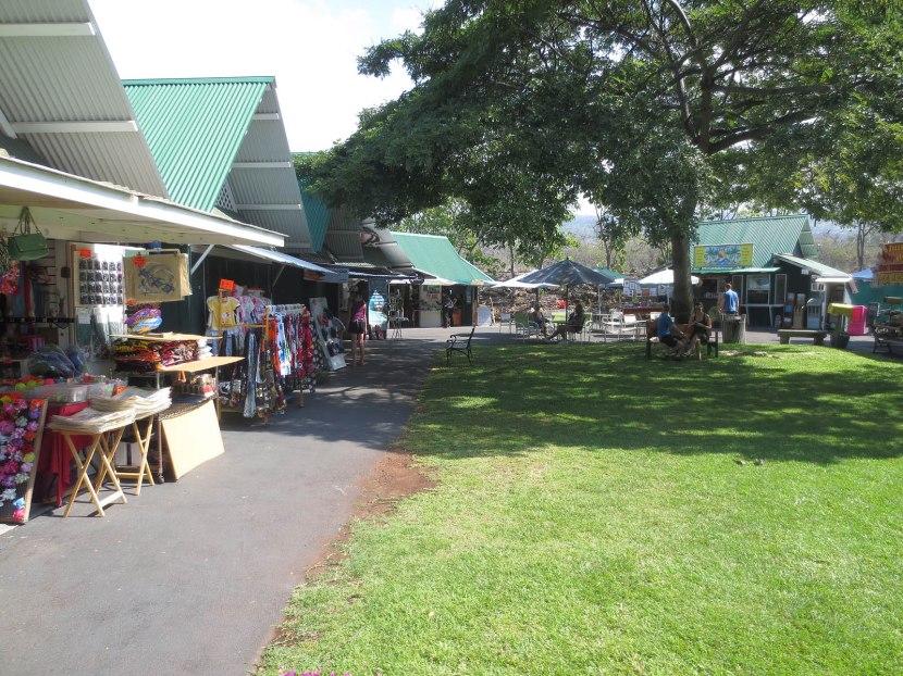 621_pretty_area_inside_market