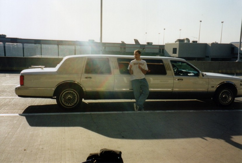 1_zack_limosine_at_airport