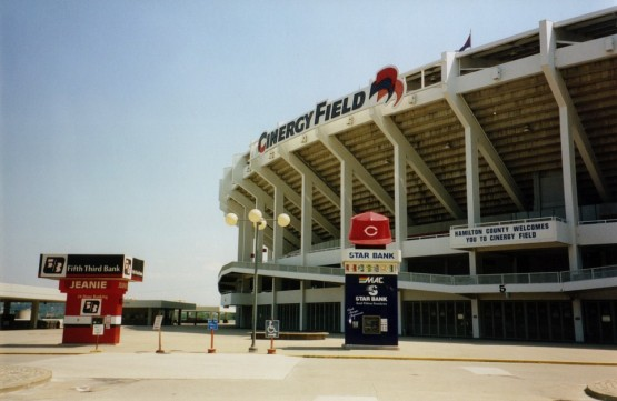 2_outside_cinergy_field
