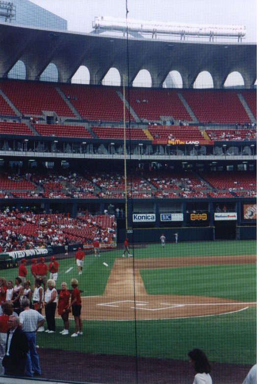 3b_left_field_foul_line_old_busch_stadium