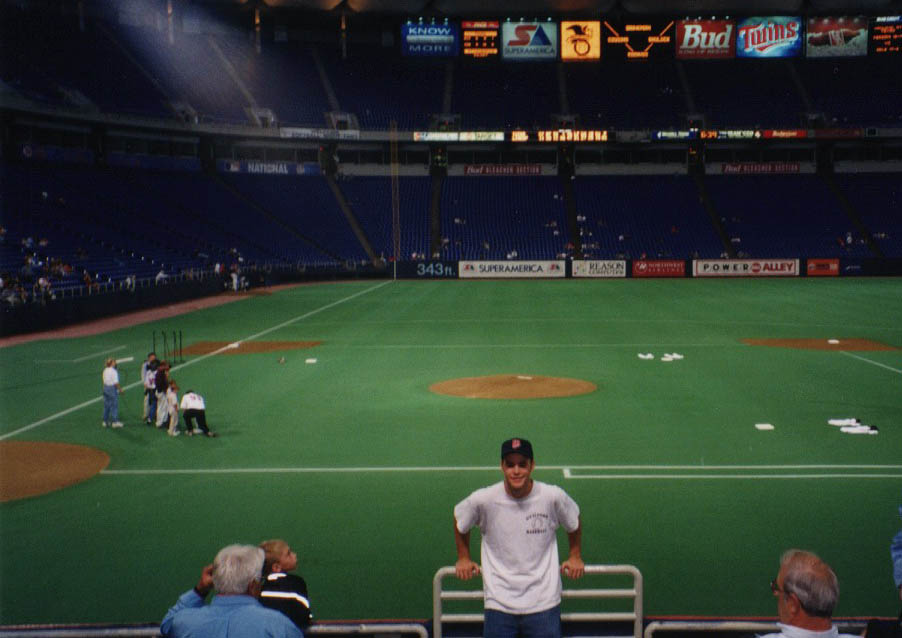 9/24/99 and 9/25/99 at The Metrodome � The Baseball Collector
