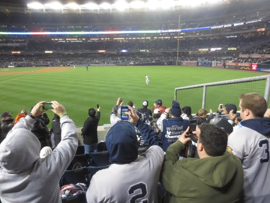 10_mariano_rivera_entering_game_04_12_13