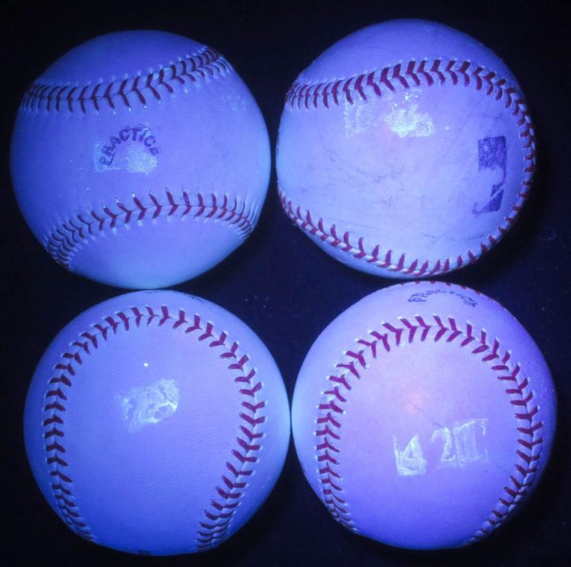 15_four_balls_in_black_light_04_14_13