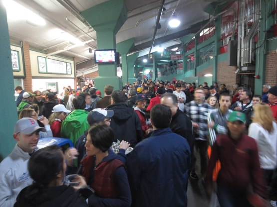 25_crowded_concourse_04_10_13