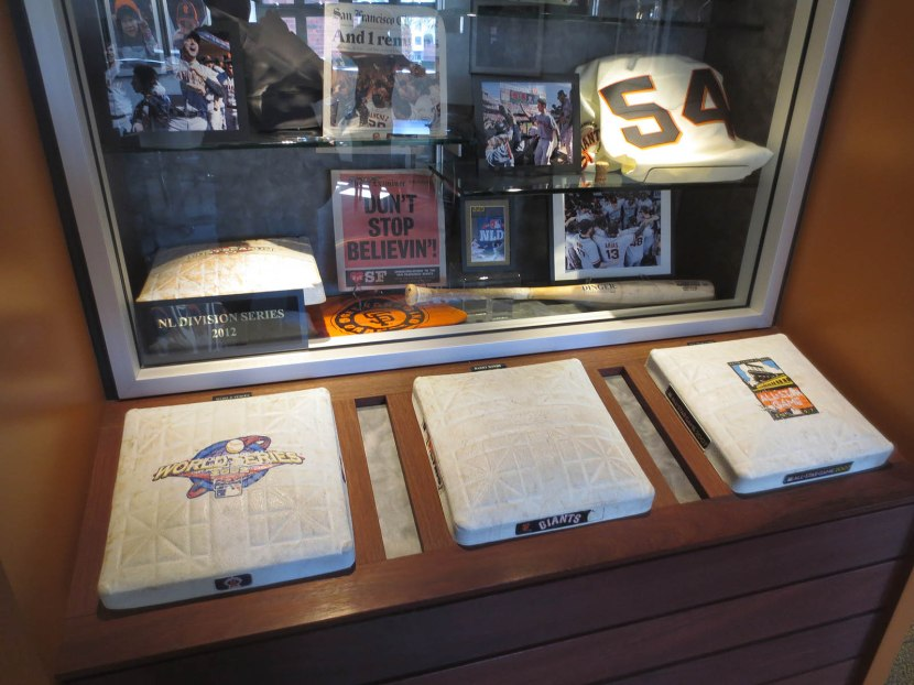 44_memorabilia_in_the_club_level