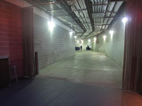 50_yankee_stadium_service_level_concourse