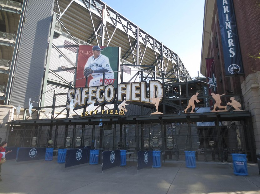 5_outside_safeco_field_04_25_13