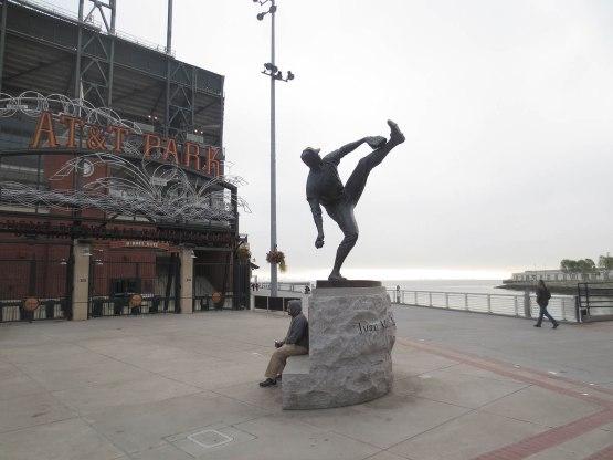 9_juan_marichal_statue