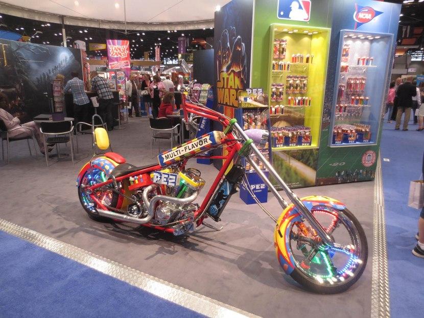 17_pez_motorcycle