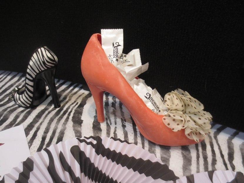 18_chocolate_shoe