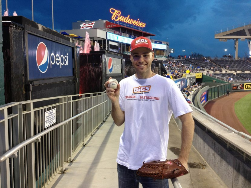 18_zack_with_ball6570