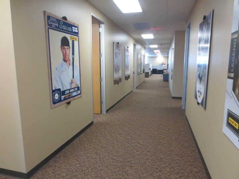 4_panini_hallway