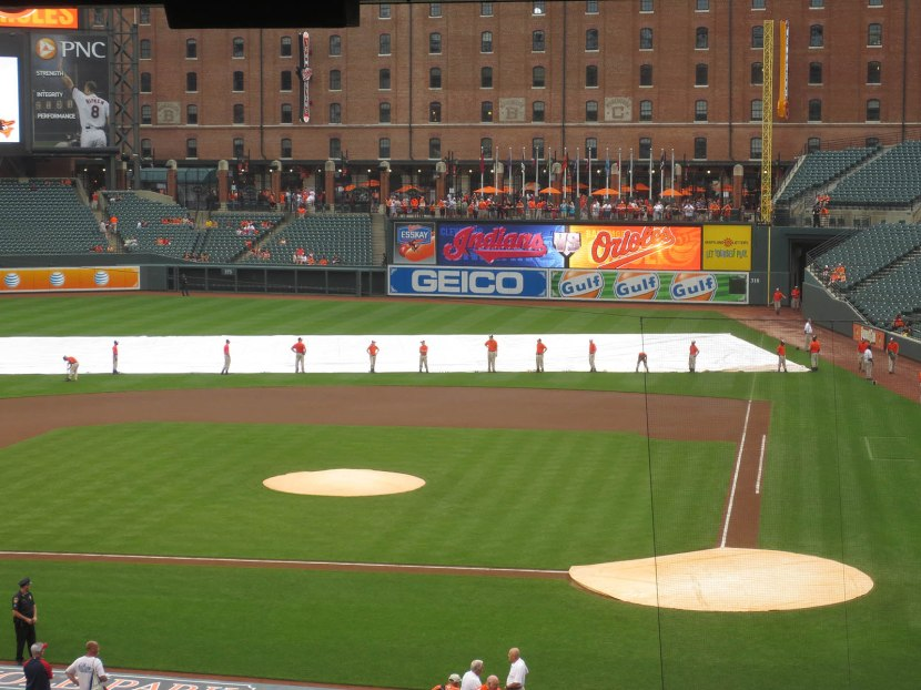 12_grounds_crew_not_sure_what_to_do