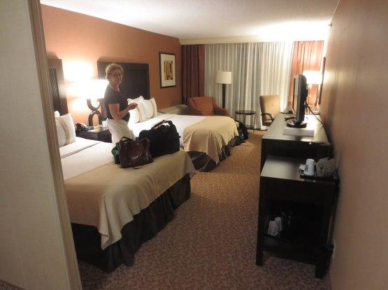 16_naomi_hotel_room_06_25_13