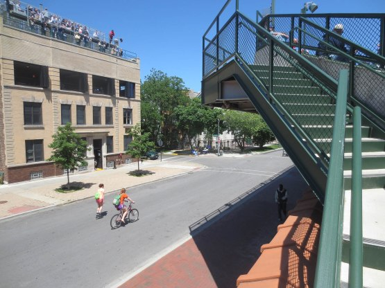 19_waveland_avenue_from_staircase