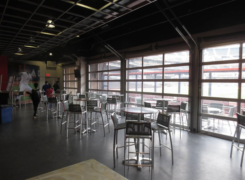 22_indoor_area_of_modells_clubhouse