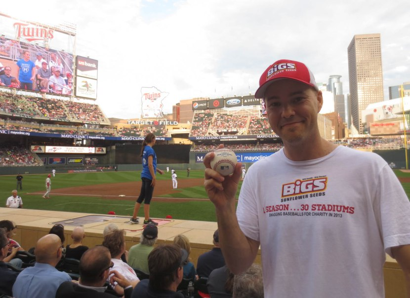 27_zack_with_ball6759