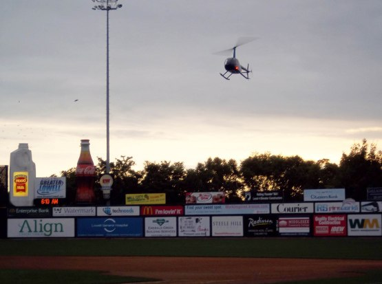 1_ch_helicopter_landing_on_field