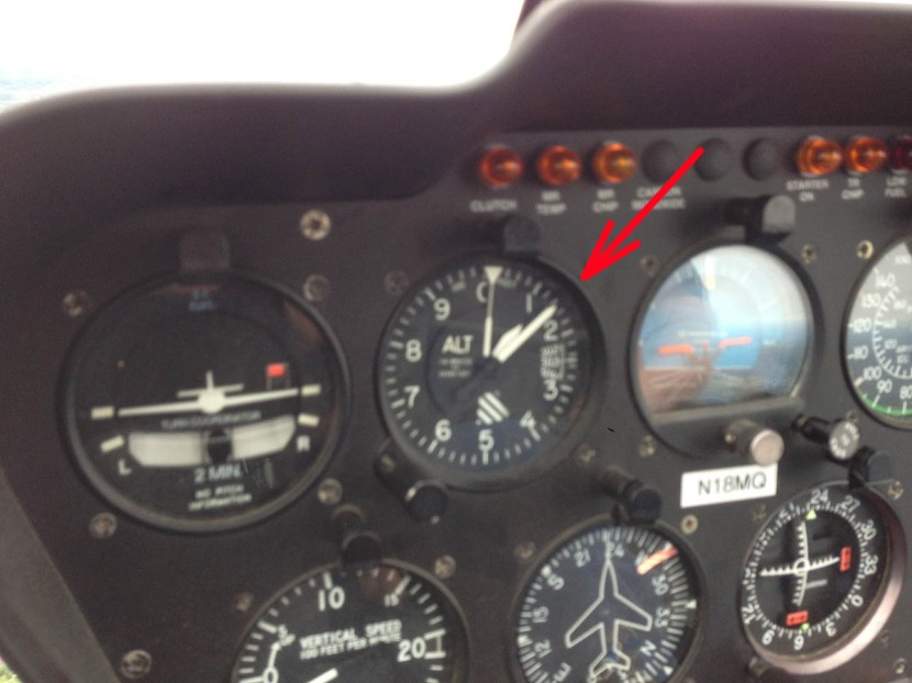 35_ag_altimeter_helicopter_1050_feet_above_the_ground