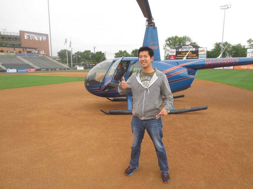 65_zh_caspar_wang_near_helicopter