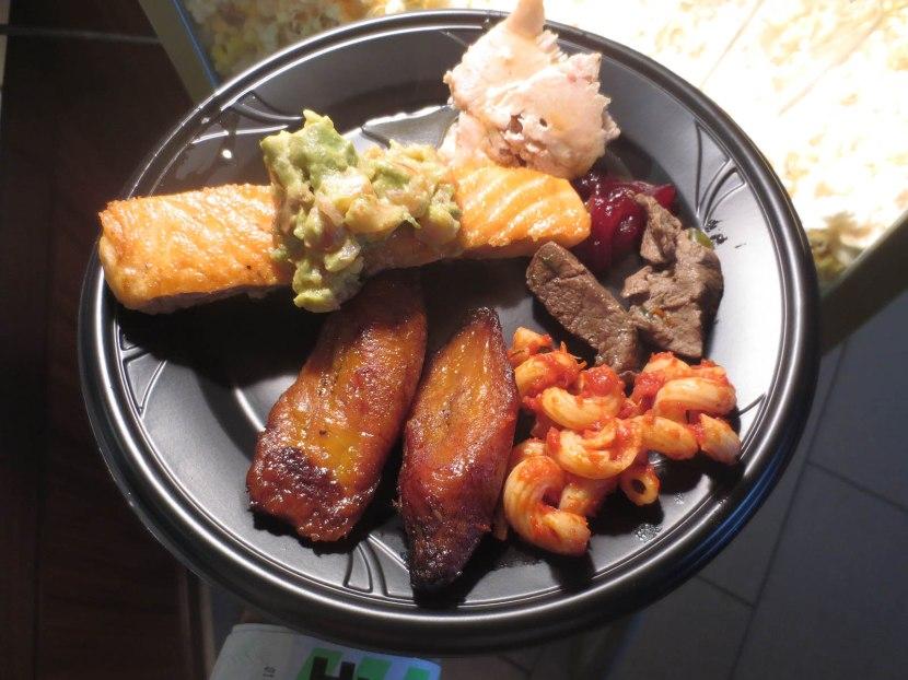 8_hyundai_club_plate_of_food