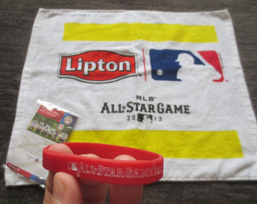 all_star_towel_and_bracelet