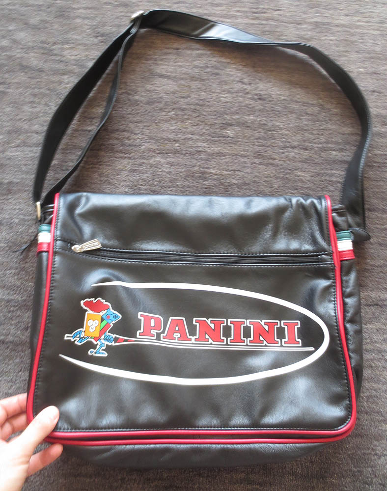 panini_cards_giveaway4_bag