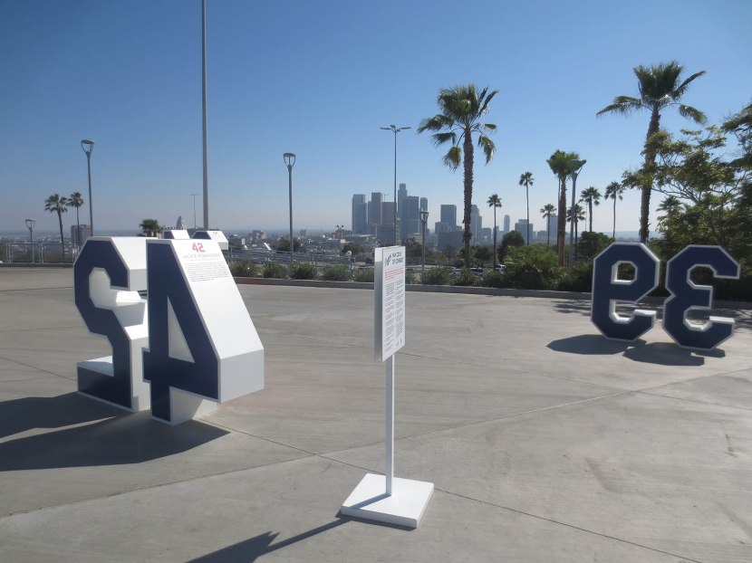 15_retired_numbers_and_los_angeles_skyline