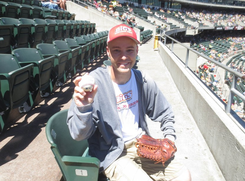 15_zack_with_ball6948
