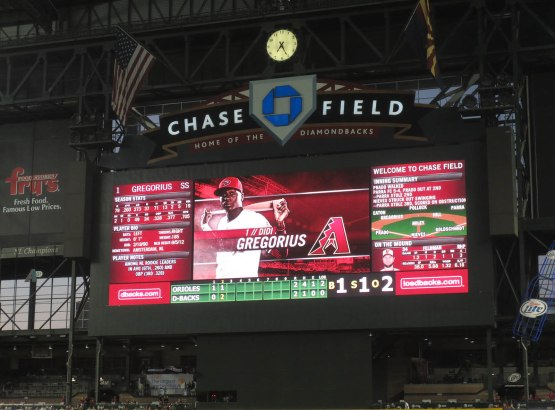 17_didi_gregorius_on_the_scoreboard