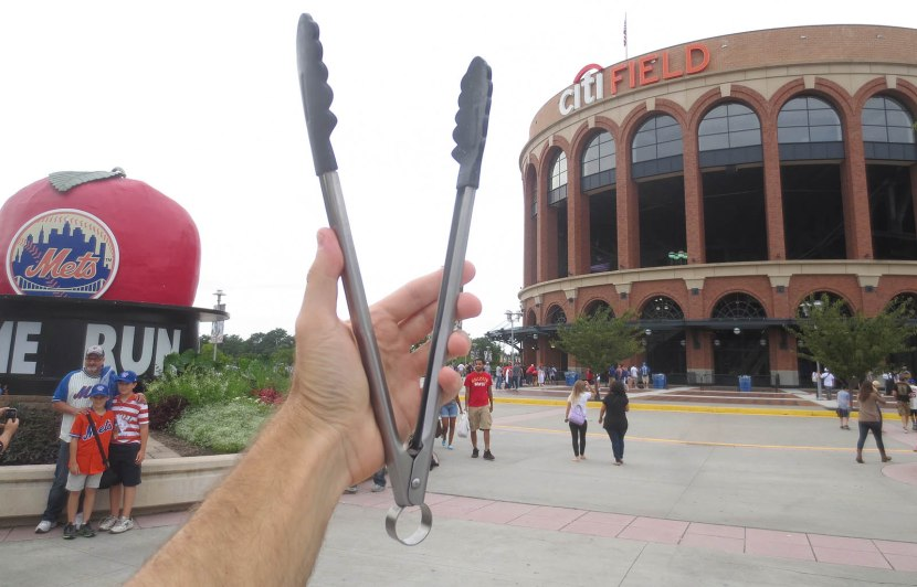 1_tongs_at_citi_field