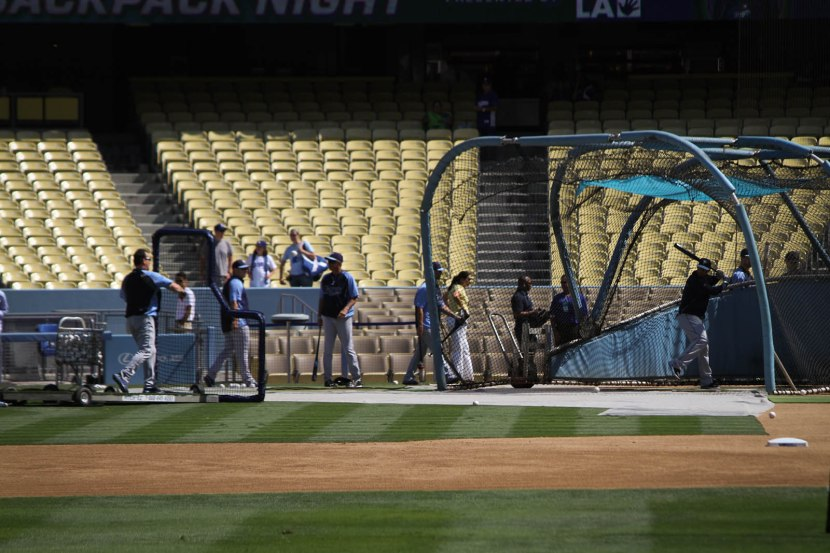 27_rays_starting_batting_practice