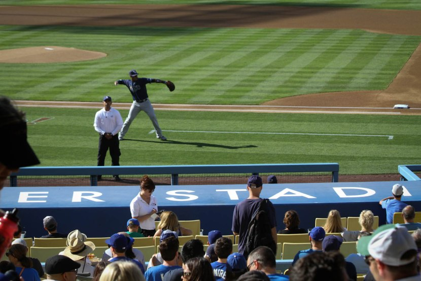 42_zack_pregame_throwing_08_11_13