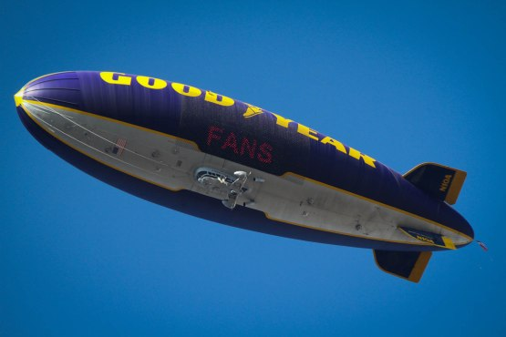 48_goodyear_blimp_08_11_13