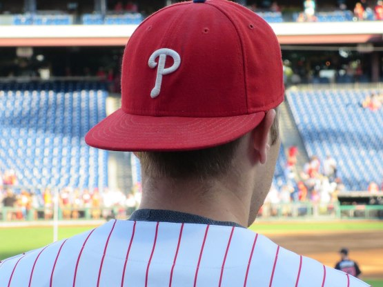 8_hd_phillies_fan_cap_backward