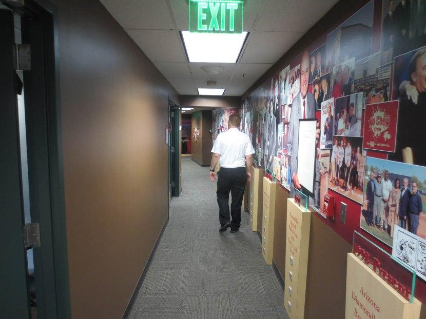 8_joe_garagiola_hallway