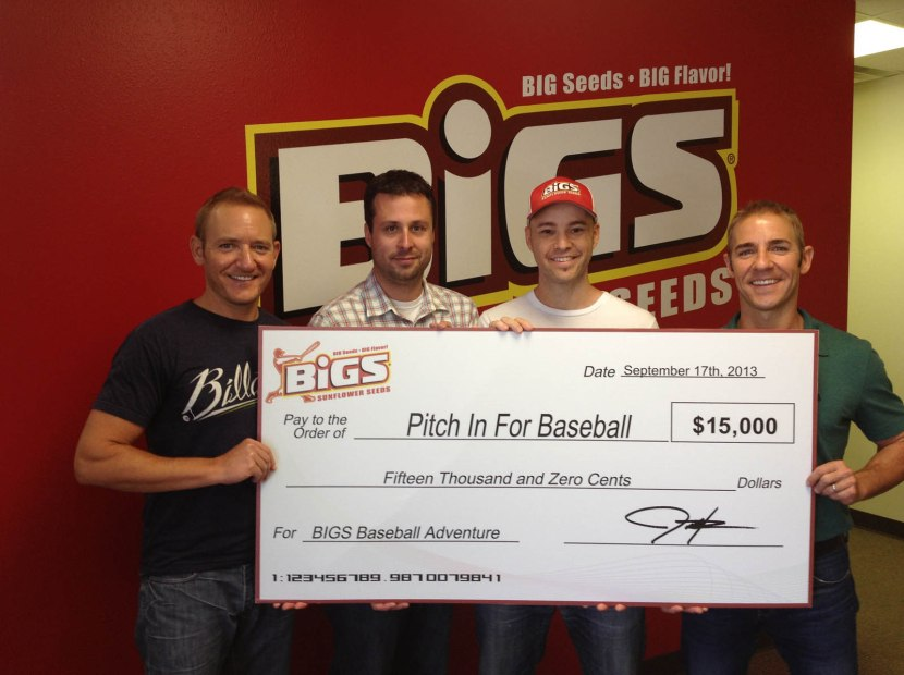 15_erik_josh_zack_justin_with_big_check