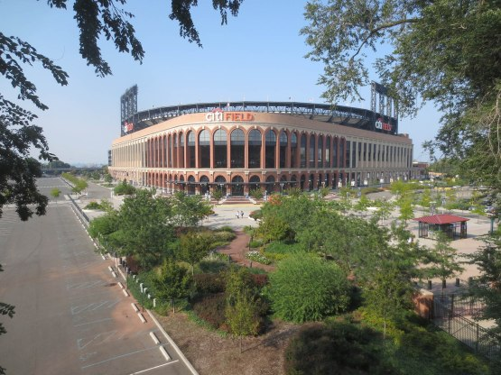 1_citi_field_from_subway_09_11_13
