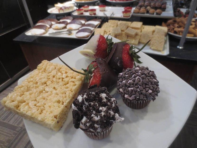 21_my_dessert_plate