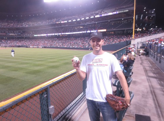 23_zack_with_ball_7094_in_left_field