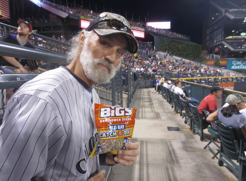 31_robert_harmon_with_bigs_seeds