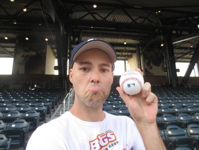 3_zack_with_ball7041