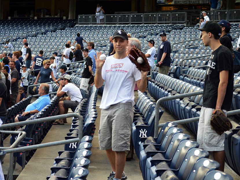 3_zack_with_balls_7016_and_7017