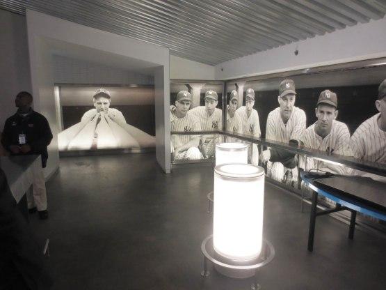 41_dkny_lounge_interior