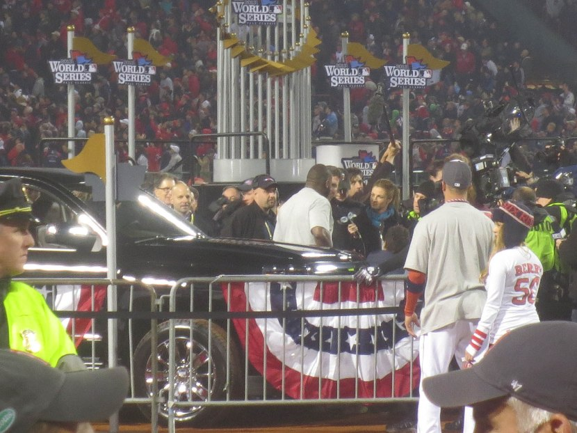 37_david_ortiz_accepting_mvp_award