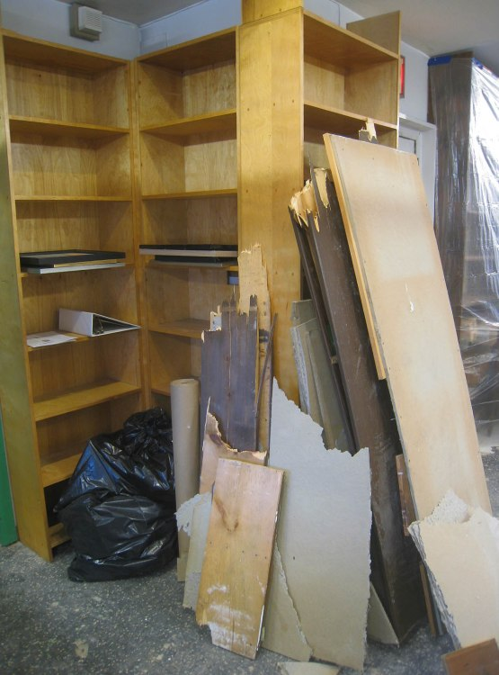 17_bookshelves_dismantled