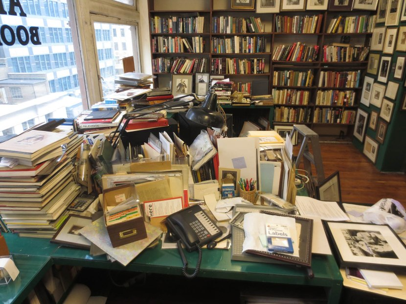 39_clutter_on_desk_on_sixth_floor